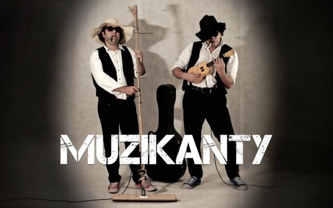 """Muzikanty"" street trailer with no-looping Desperado theme"